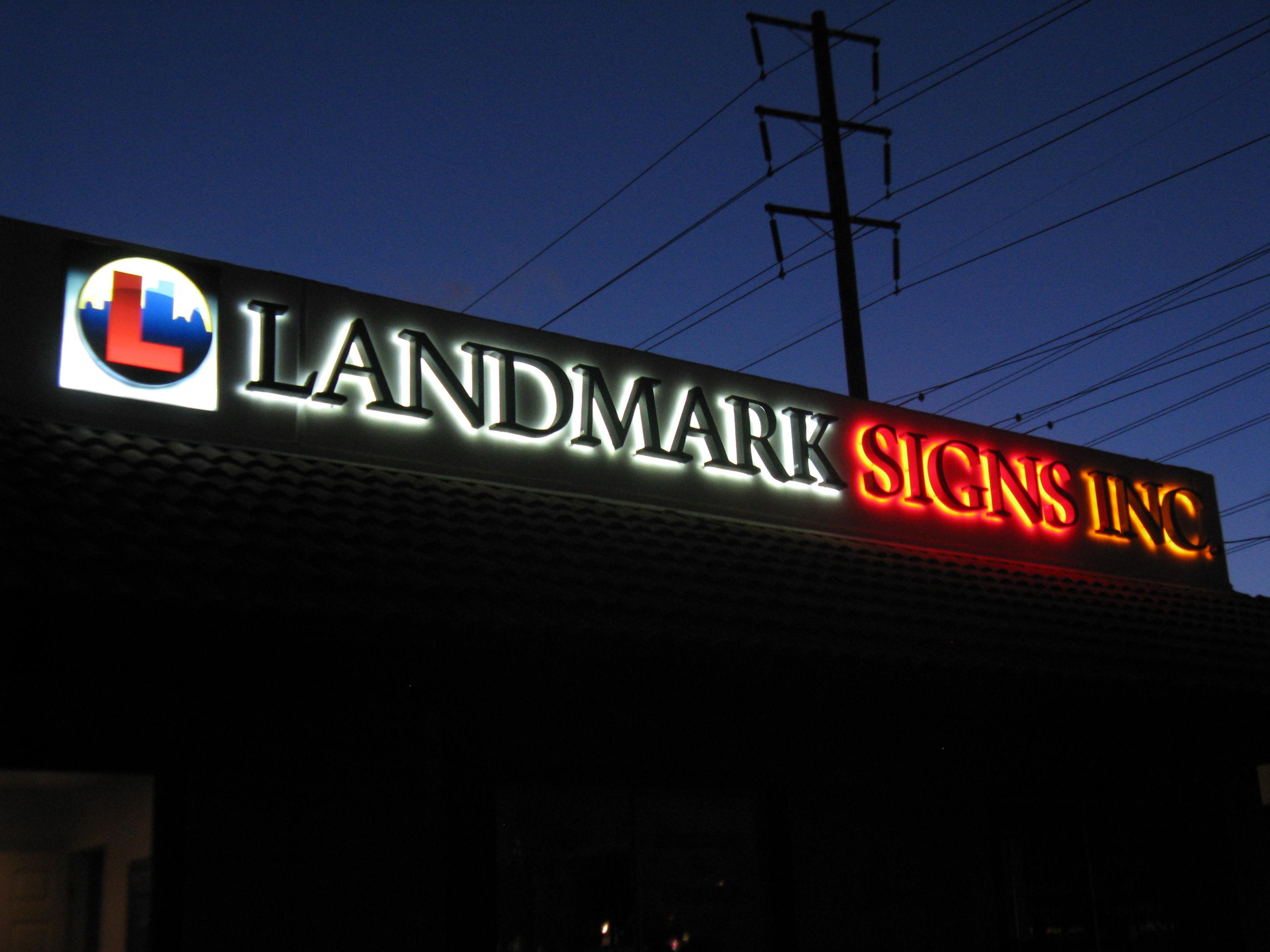 sign type diversity by landmark signs  non