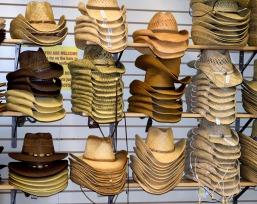 cowboy-hats-3265970_1920