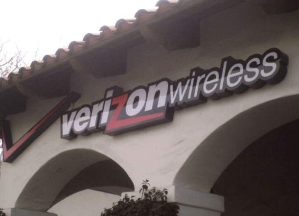 verizon-wireless-channel-letter-sign-by-landmark-signs.png