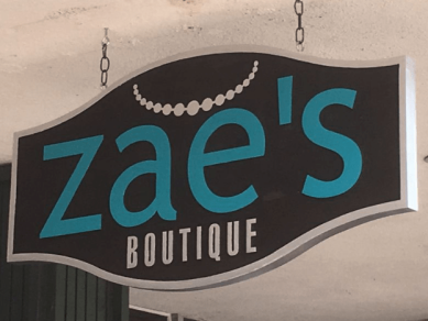 Zae's Boutique Business Sign