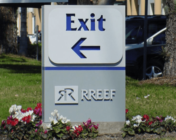 Rreef Exterior Directional Sign